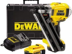 Аренда степлера DeWALT DCN 692P2